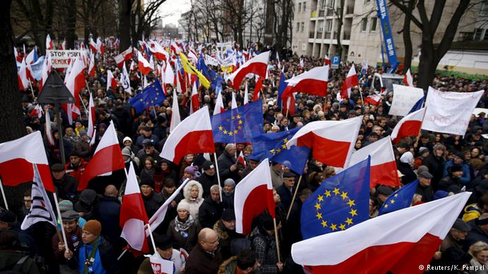 Σήμερα στην Ε.Επιτροπή ο νέος πολωνικός Νόμος για τα Δημόσια ΜΜΕ