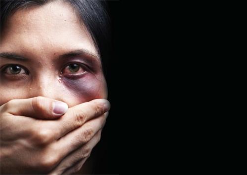 Ενδοοικογενειακή βία: Στα σταυροδρόμια της ψυχανάλυσης και της δικαιοσύνης