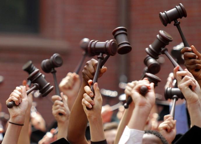 Οι 200 καλύτερες νομικές σχολές στον κόσμο για το 2016
