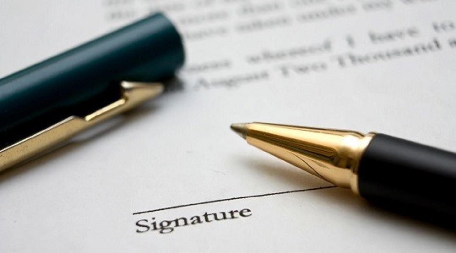Πρώτες σκέψεις για το σύμφωνο συμβίωσης – γράφει ο Νίκος Τσοκανάς