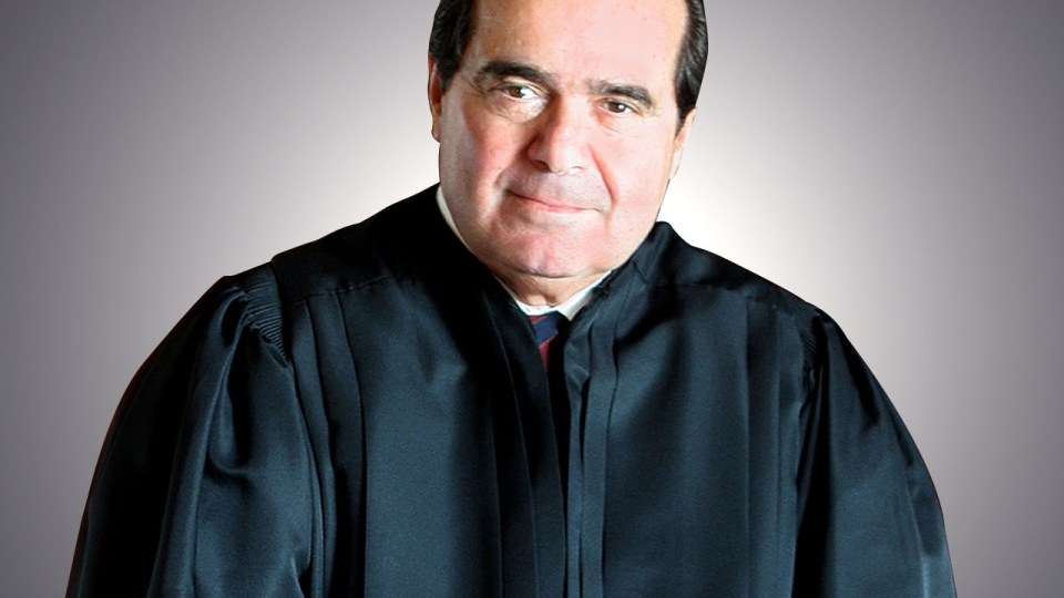 Θάνατος ανώτατου δικαστικού λειτουργού προκαλεί πολιτικό πυρετό στις ΗΠΑ